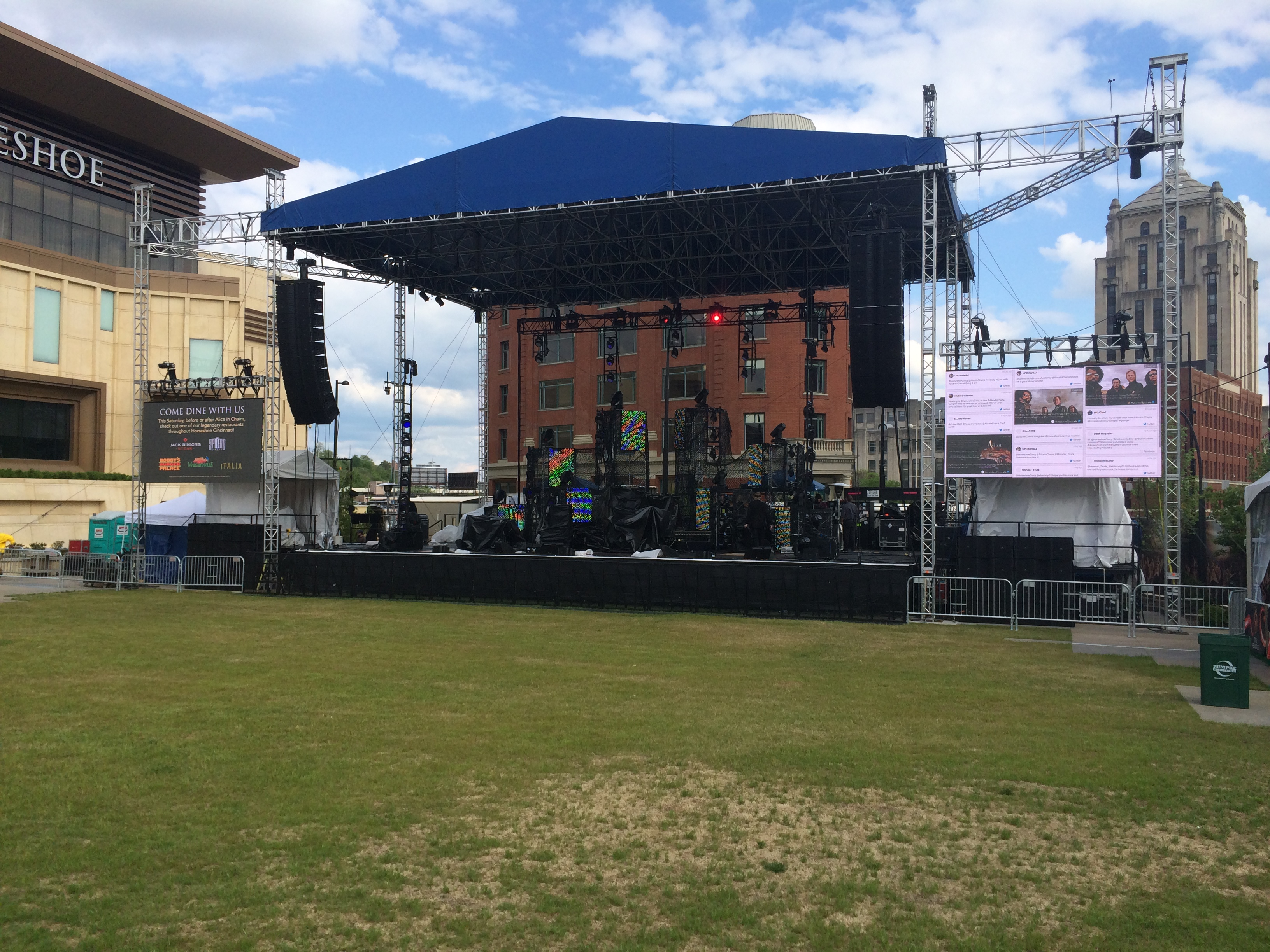 social media walls for events and concerts